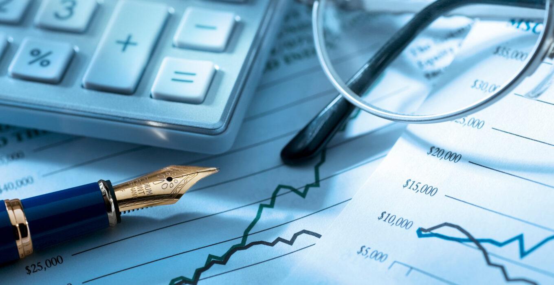 Паевые фонды простыми словами — это способ вложить деньги и получать доход больше, чем на банковском вкладе, не особо разбираясь в инвестициях и не имея возможности вкладывать большие суммы.